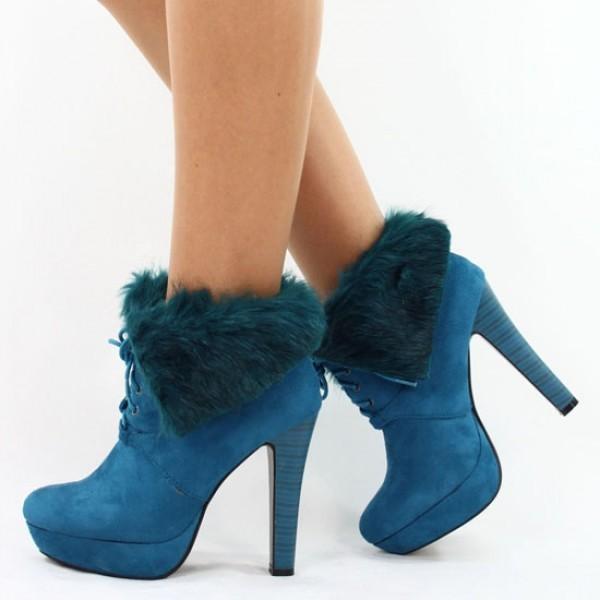 جمال اللون الأزرق في الأحذية 4c46b7b83e2453b8692d